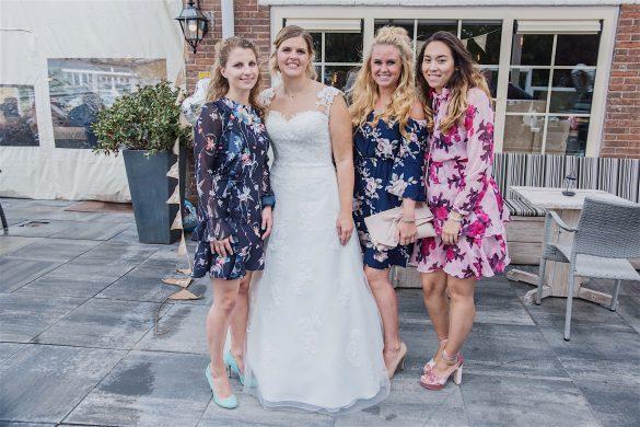 bruiloft, met de meiden